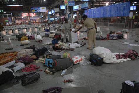 rubber st mumbai 11 pictures recall the horrors of 26 11 mumbai terror