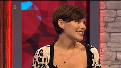 emma willis growing out the pixie pinterest