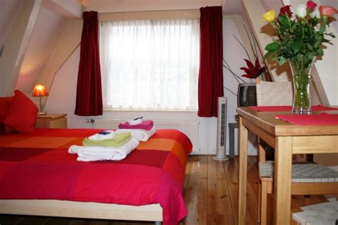 bed and breakfast amsterdam bed breakfast in amsterdam amsterdam bed and breakfast city center
