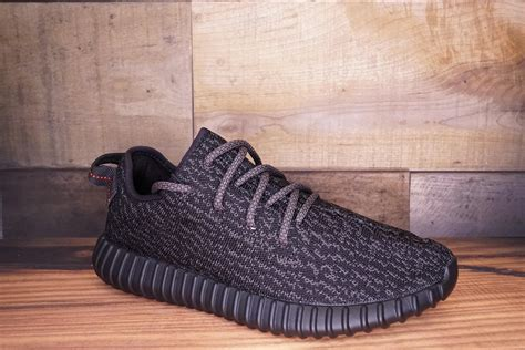 Jual Adidas Yeezy Boost Original adidas yeezy boost 350 quot pirate black quot 2016 new original box size 7 5 2 278 soled out jc