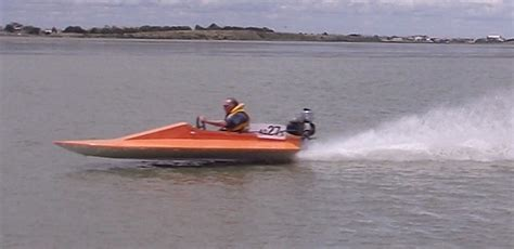 mini boat racing building a racing v bottom powerboat