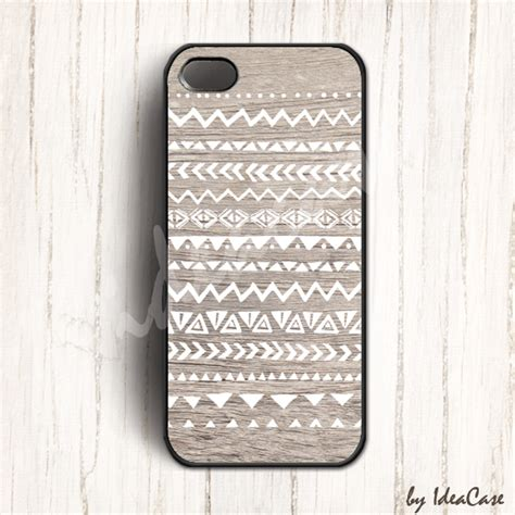 Tribal Pattern Iphone 4 Case | navajo geometric tribal pattern on wood iphone 5 case