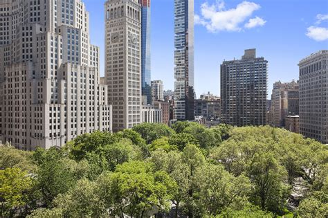 clinton compound new york chelsea clinton s former new york apartment is selling for
