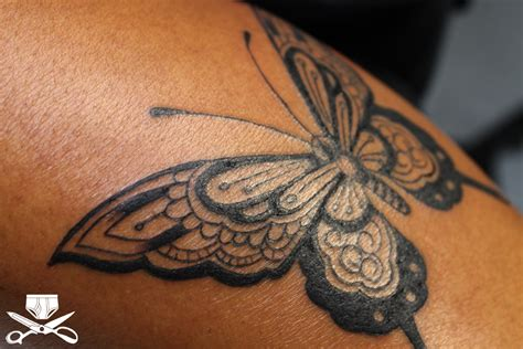 henna tattoo butterfly henna style butterfly hautedraws