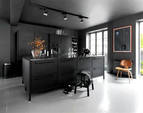 wand schwarz streichen 1001 ideen zum thema k 252 che streichen neuste farbtendenzen