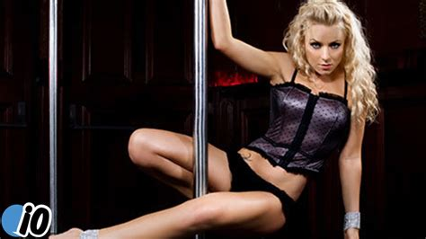 Sexy nude women dancers strippers