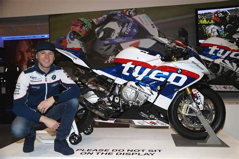 Bmw Motorrad Uk by Bmw Motorrad Uk Unveils Limited Edition Tyco Bmw S 1000 Rr