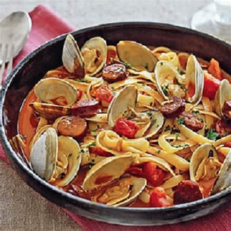 portuguese dish recipes portuguese pasta with clams and chouri 231 o