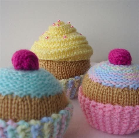 cake knitting patterns cup cake knitting patterns artatheart