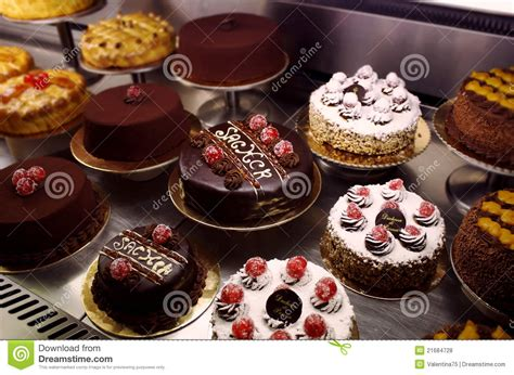 variety of wedding cakes cakes variety royalty free stock photos image 21684728