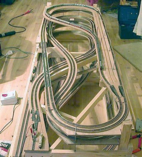 pinterest train layout z scale train layouts google search model railways