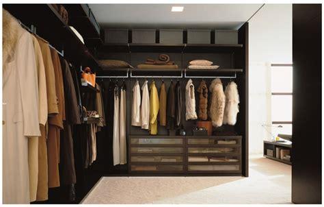 poliform closet dressing world traveler