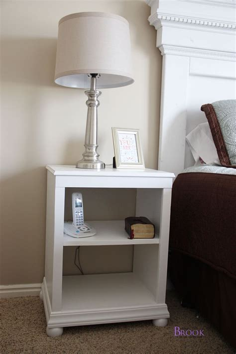 Diy Nightstand by 17 Best Ideas About White Nightstand On White