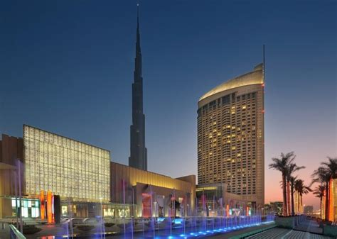 The Dubai Mall And The 5 Luxury Address Hotel In 6 Hotels Within Walking Distance Of Burj Khalifa
