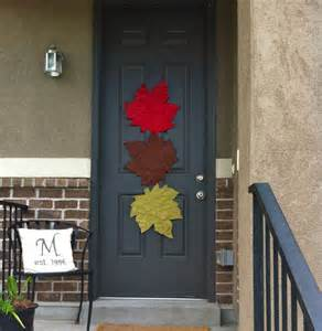 september decorating ideas 21 fall door decor projects