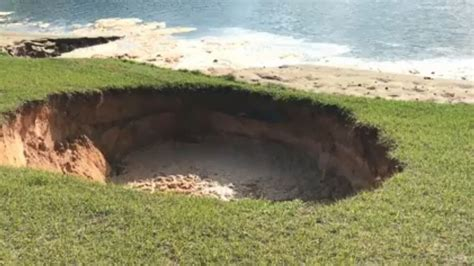 Where Are The Sink Holes In Florida by Residents In Florida Neighborhood Evacuated Due To