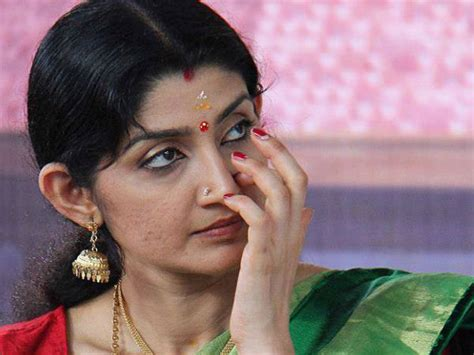 actress divya unni new photos shocking divya unni separates from husband sudhir