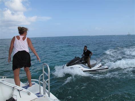 seaduced catamaran belize caye caulker catamaran sail with seaduced mutton snapper