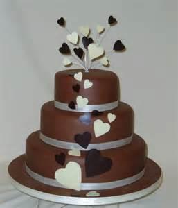 milk chocolate hearst wedding cake wow cakes by wendy broadhead