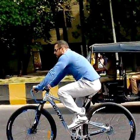 mercedes bicycle salman khan spotted salman khan cycling on mumbai streets salman