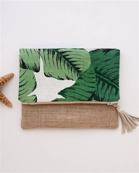 Small Bag Heejou Green Caja 25 best ideas about foldover clutch on diy