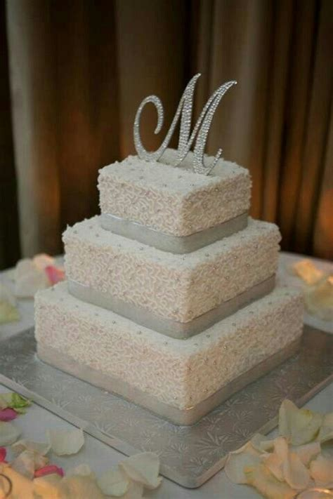buttercream recipes for wedding cakes buttercream frosting wedding cake this is actually going