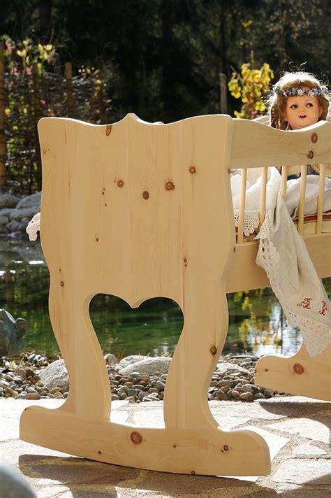 wiege bett 25 best ideas about kinderwiege on spieltisch