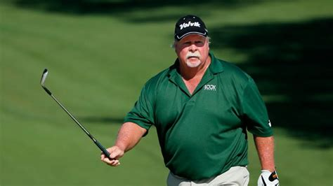 craig stadler golf swing stadlers go in opposite directions in round 1 of the