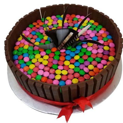 kit kat cake   design  delivery yummycake