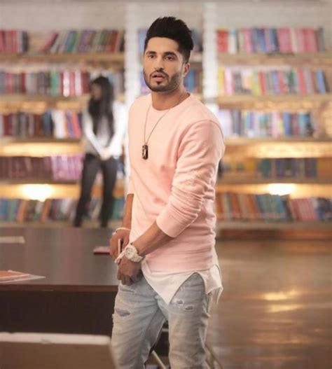 jassi gil hear stayle jassi gill hairstyle beard images girlfriend age
