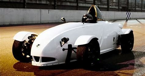 Log On Battery Bolt E1 e wolf e1 electric race car could create new class of