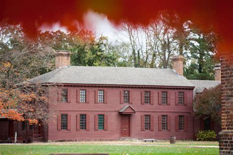 peyton randolph house who roams the halls of the peyton randolph house making history