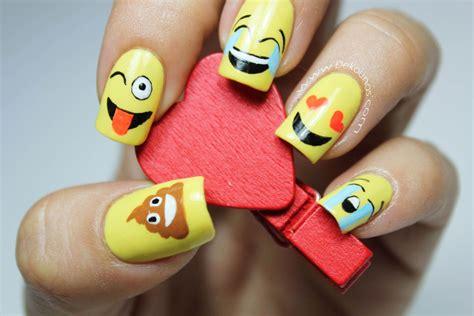 decoraci 243 n de u 241 as emoji o emoticones deko u 209 as moda