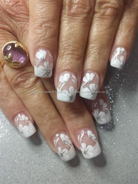 Braut Nägel 2017 by Eye Nails White Acrylic Tips With One