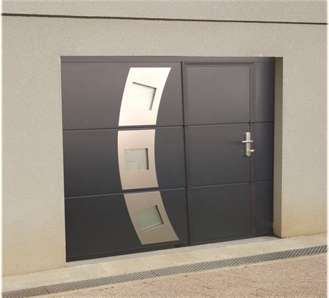 Porte Garage Avec Portillon 4047 by Porte De Garage Sectionnelle Avec Portillon Disponible