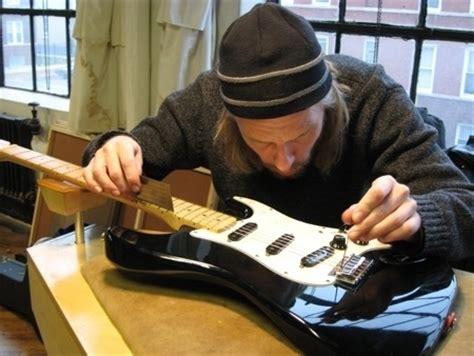 cara bermain gitar dengan baik dan benar cara merawat gitar akustik elektrik dengan baik dan benar