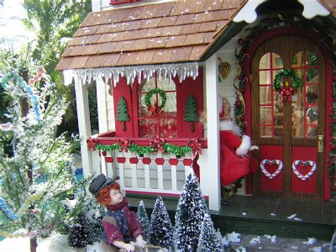 Santa Cottages by Dollhouses By Robin Carey A Glimpse Inside The Santa Cottage