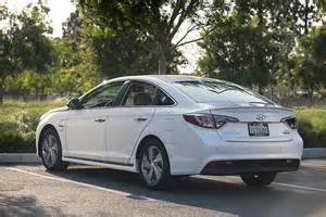 Sonata Hybrid Hyundai 2016 Hyundai Sonata Hybrid Review Autoguide News