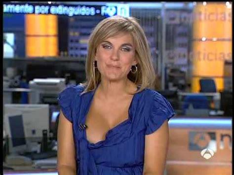 news anchors wardrobe