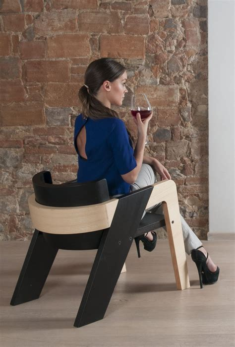 elegant self assembly io chair designed for introspection elegant self assembly io chair designed for introspection
