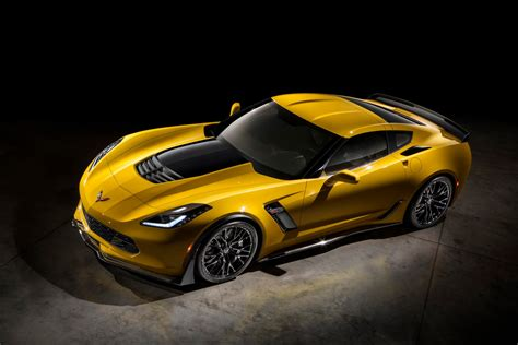 corvette stingray z06 2015 corvette z06 has 625hp is faster than c6 zr1 on the