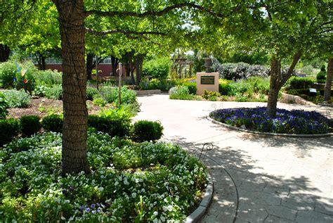 Amarillo Botanical Gardens Hours Botanical Gardens Amarillo Hours Garden Ftempo