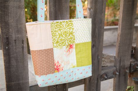 Handmade Tote Bag Tutorial - simply charmed tote bag tutorial 187 loganberry handmade