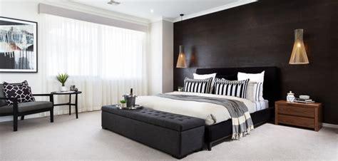 schlafzimmer mit schwarzem bett schlafzimmer schwarz wei 223 44 einrichtungsideen mit