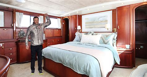 rent  olympian bode millers luxury yacht    night fox sports