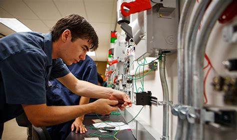 Electric Technician by Trying Technical School To Reboot A Career The New York