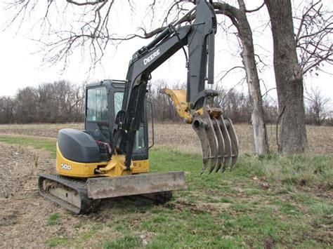 Landscape Rake Mini Digger Viewing A Thread Mini Excavator Brush Rake
