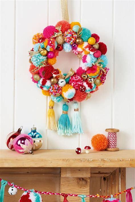 pom pom wreath ideas  pinterest