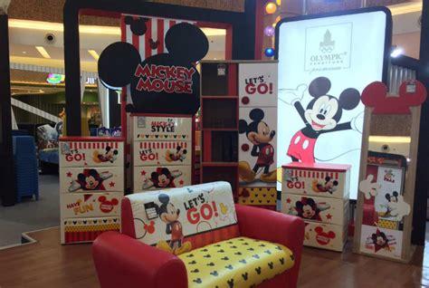 Lu Tidur Mickey Mouse lucunya tempat tidur dan sofa bergambar mickey mouse milik