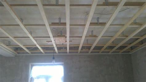 Lattenabstand Gipskartonplatten Decke by Gipskartondecke Montieren Schritt F 252 R Schritt